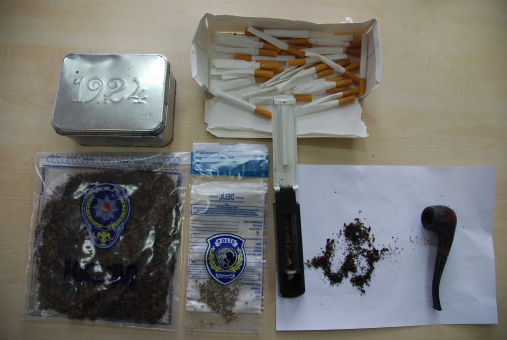 55 gram kubar esrar yakalandı